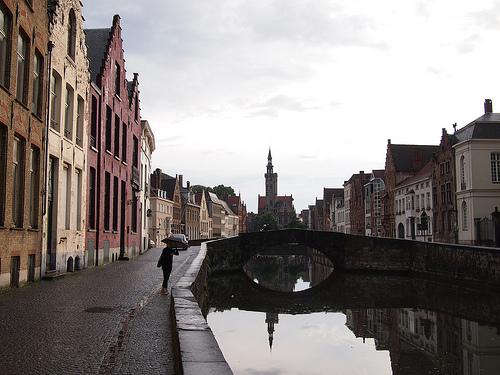 Brugge is canal retentive